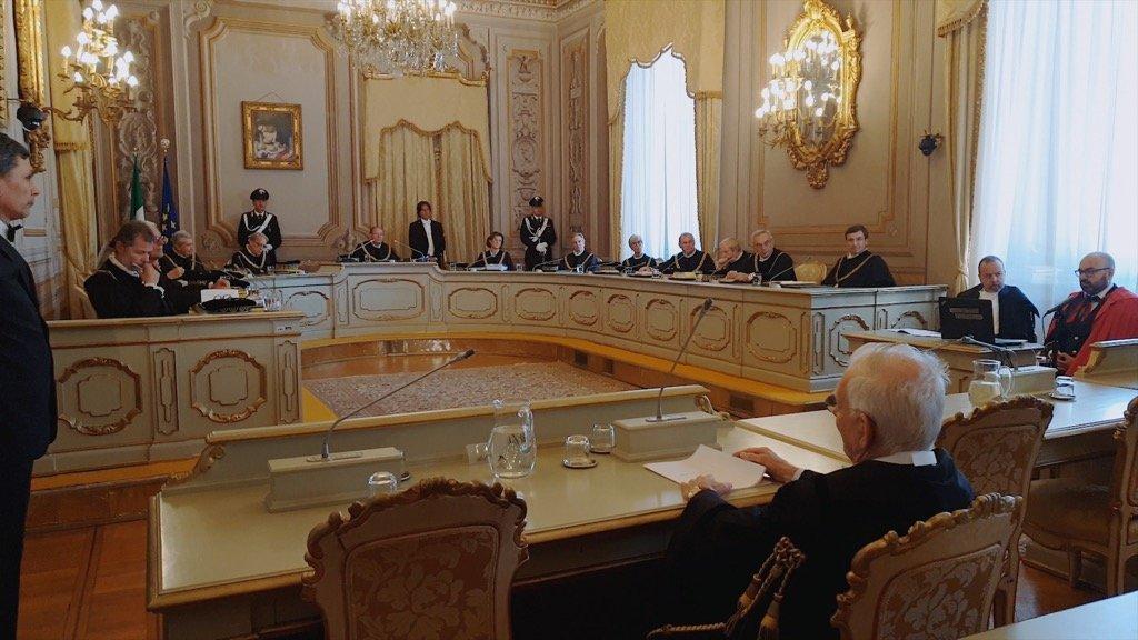 Udienza pubblica (la Corte)